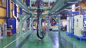 建材断熱材パネル生産設備用ウレタン 注入用ミキシングヘッドトラバーサー